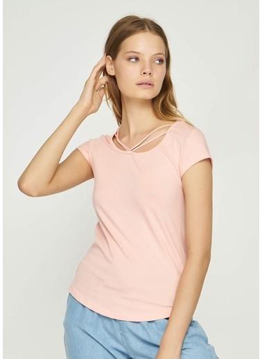 Tiffany&Tomato Önü İp Detaylı U Yaka Düşük Kol T-Shirt Pudra